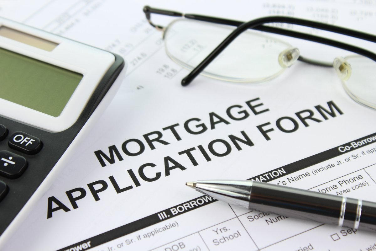 Lenders U-turn on mortgages